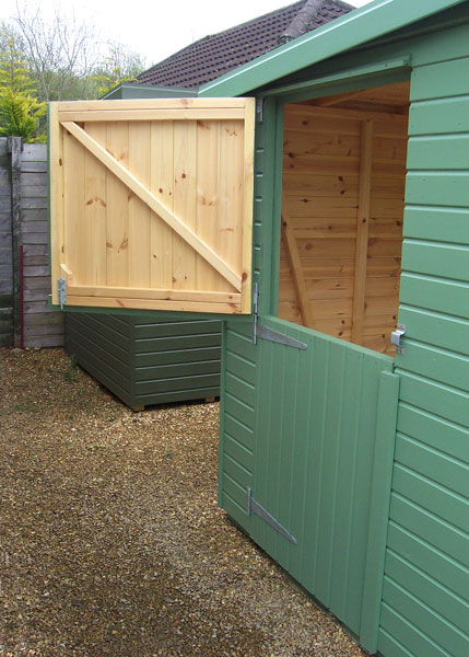 stable door shed