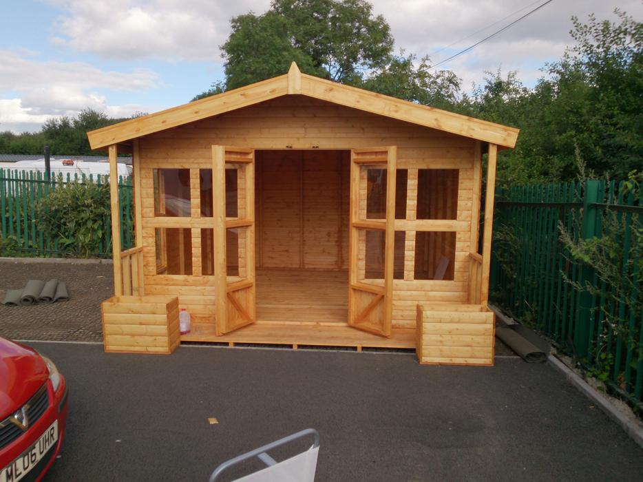 garden sheds in liverpool